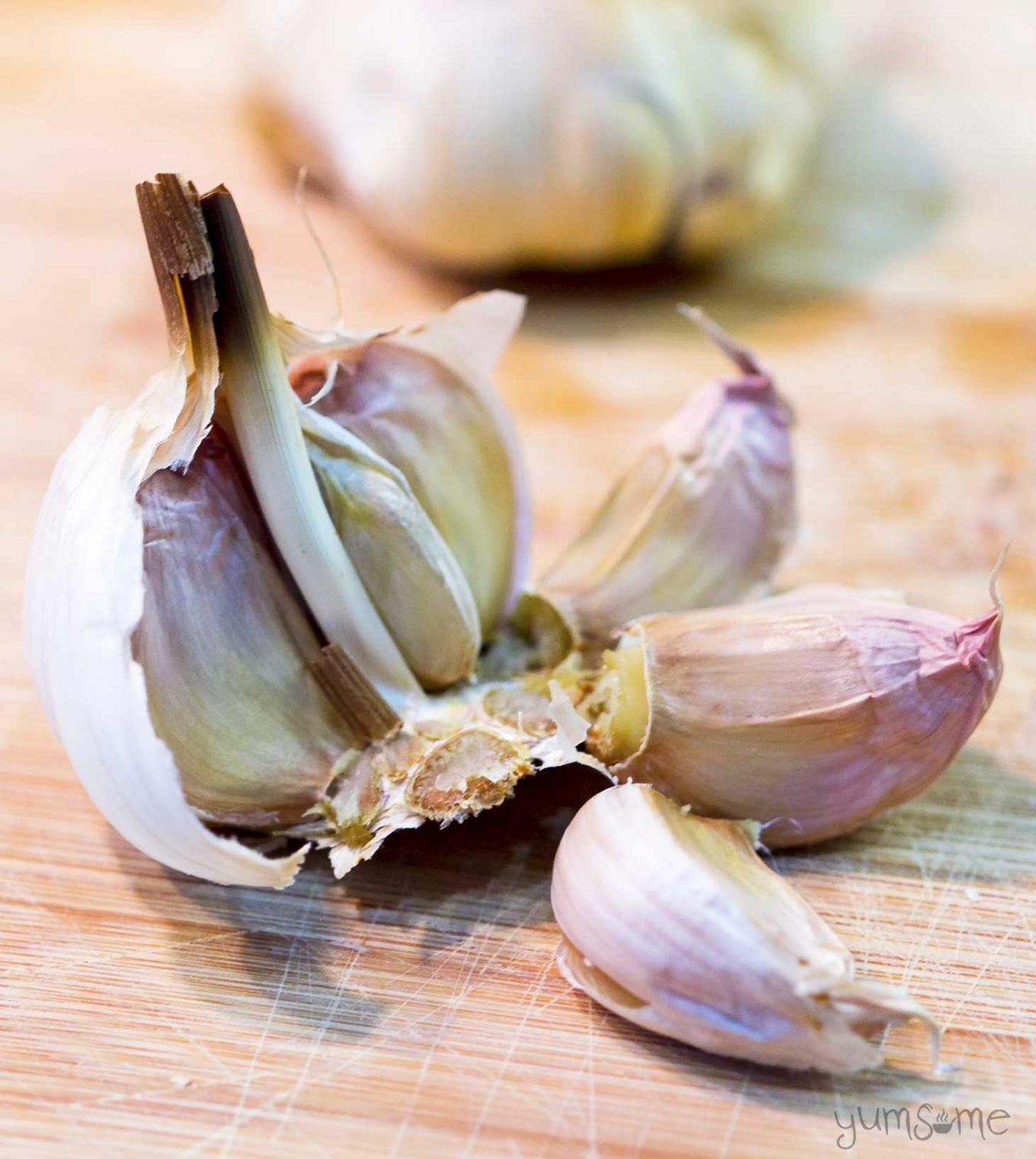 roast garlic | yumsome.com