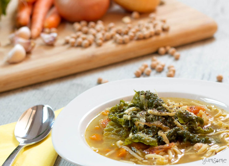 Close up shot of a bowl of pasta fagioli.