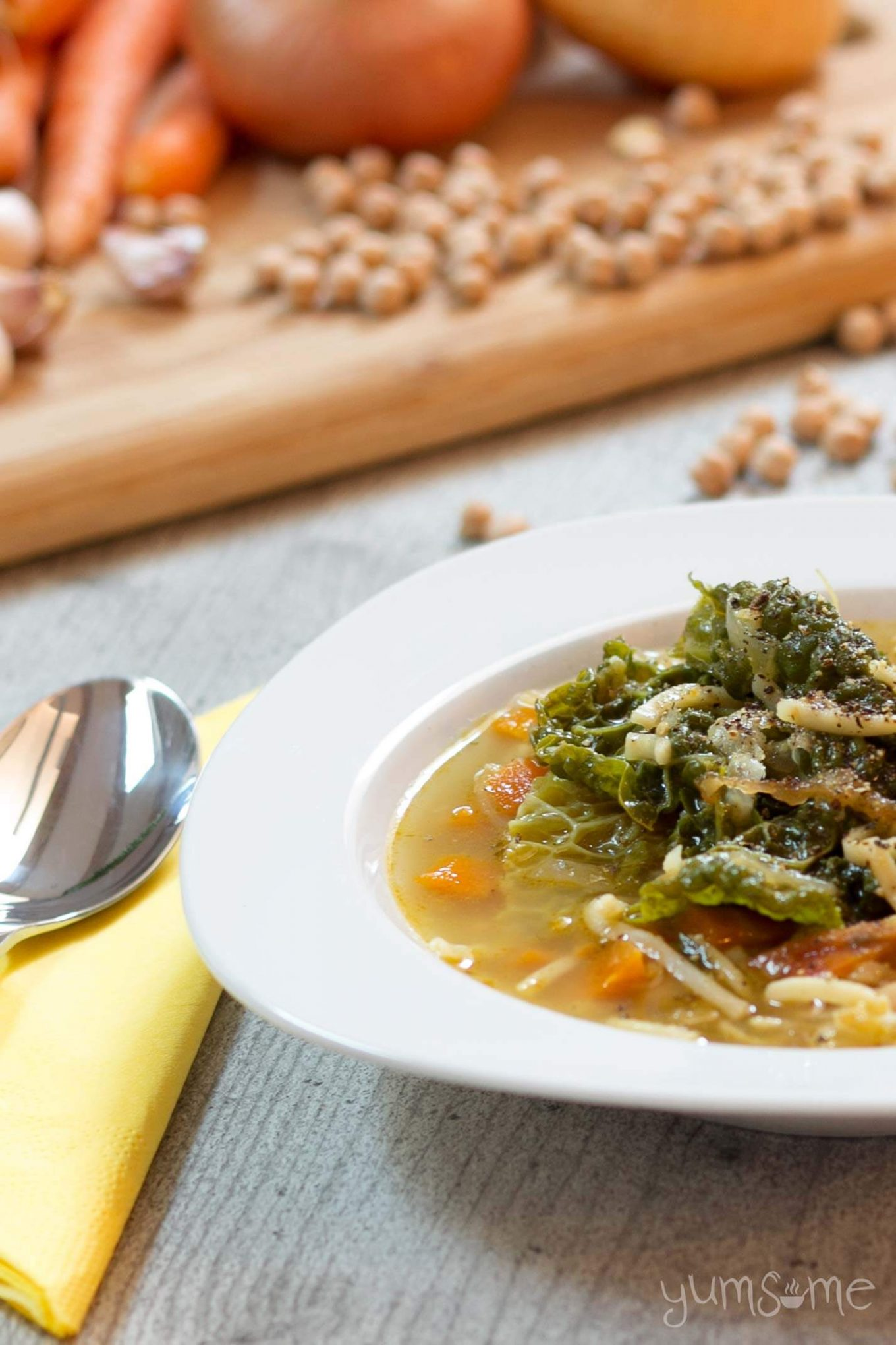 Warming, filling, simple, and cheap - you can't go wrong with this traditional, veggie-packed Tuscan bean soup. | yumsome.com