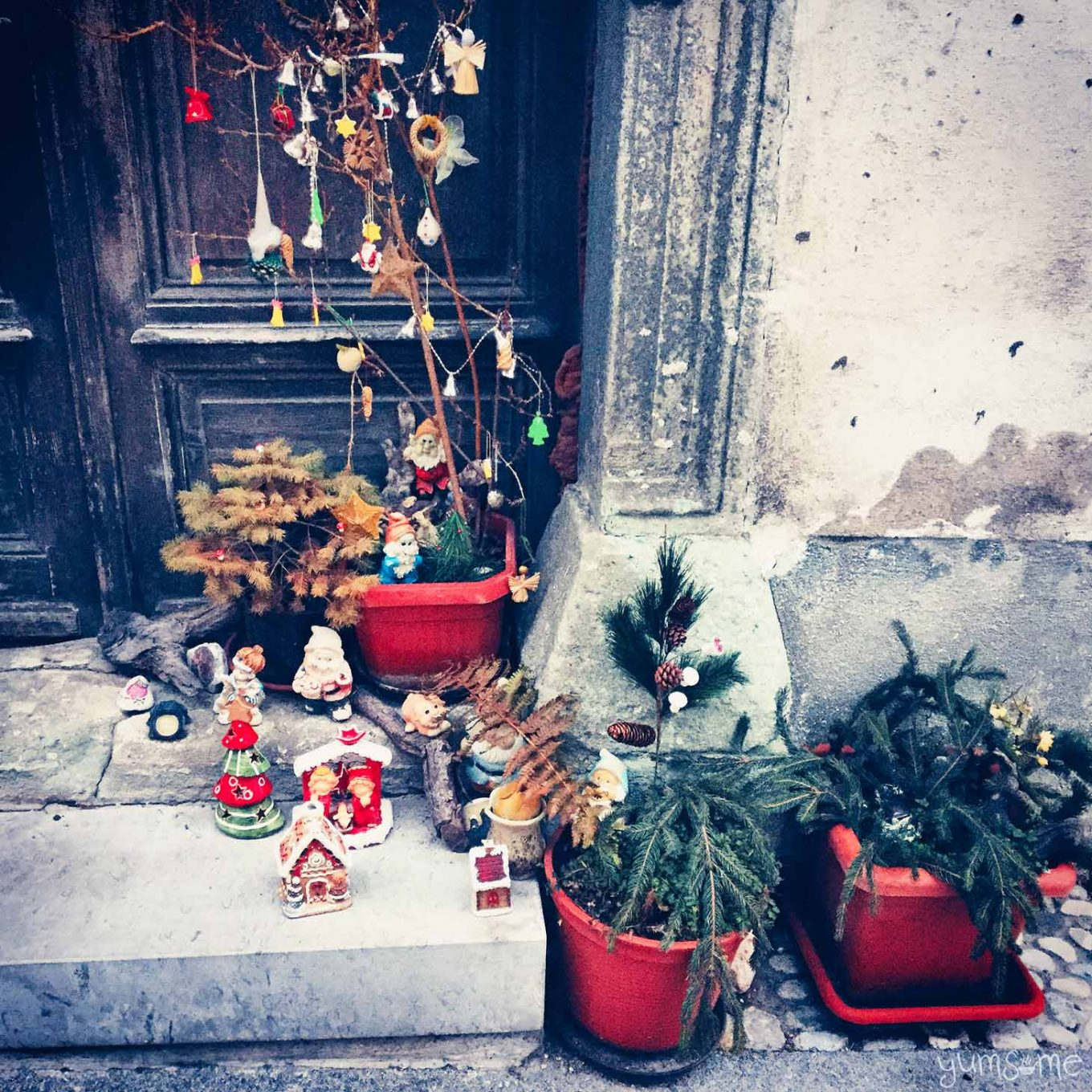 Beautiful, traditional Christmas decorations in Radovljica. No bling in sight! | yumsome.com