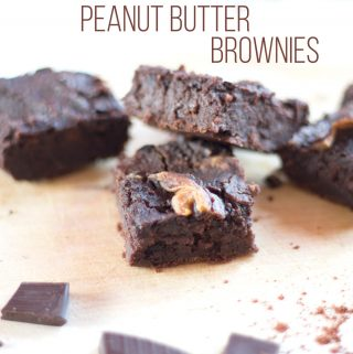 My delicious, healthy vegan peanut butter brownies are gluten-free, oil and fat-free, low-GI, protein-rich, and full of flavonoids, which are believed to help keep hunger at bay. Plus, y'know... they're brownies! | yumsome.com