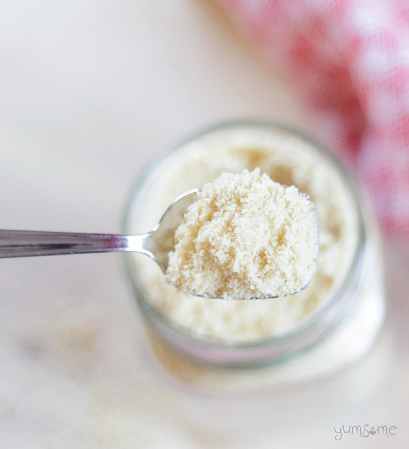 My 4-ingredient vegan parmesan is ready in just two minutes, and is perfect for adding a nutty, sweet-savoury flavour to all kinds of dishes. | yumsome.com