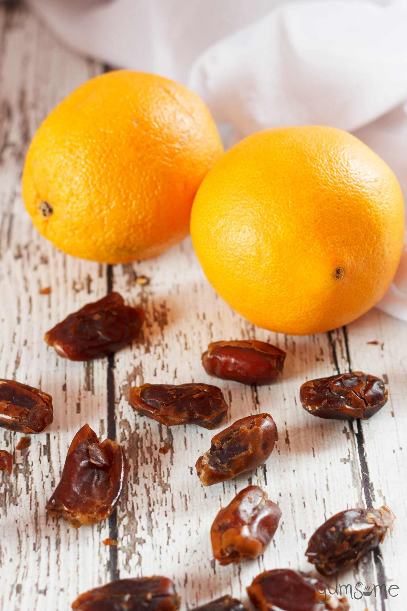oranges and dates from Morocco | yumsome.com