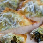 Slightly spicy, and full of flavour, my easy vegan filo samosas are super-yummy, total comfort food, and because they are baked, not fried, contain a fraction of the calories and fat of their more traditional counterparts. | Yumsome.com