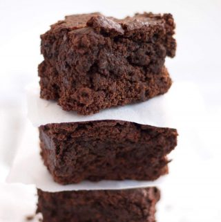 Chocolatey and rich, moist and fudgy, and made with only 10 ingredients, my perfect vegan brownies are ready in just 40 minutes. | yumsome.com