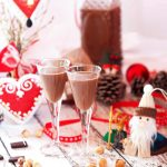 What could be better than vegan Nutella straight from the jar? Vegan Nutella cream liqueur. Oh. My. Glob. Rich, creamy, and chocolatey, this is the perfect Christmas tipple! | yumsome.com