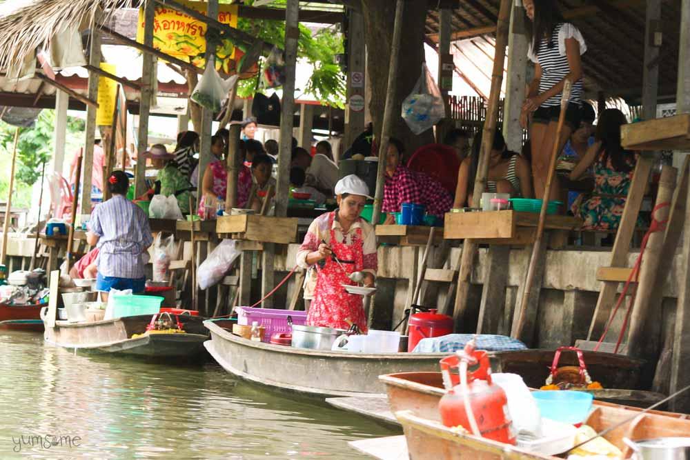 Khlong Lat Mayom floating market, Bangkok.