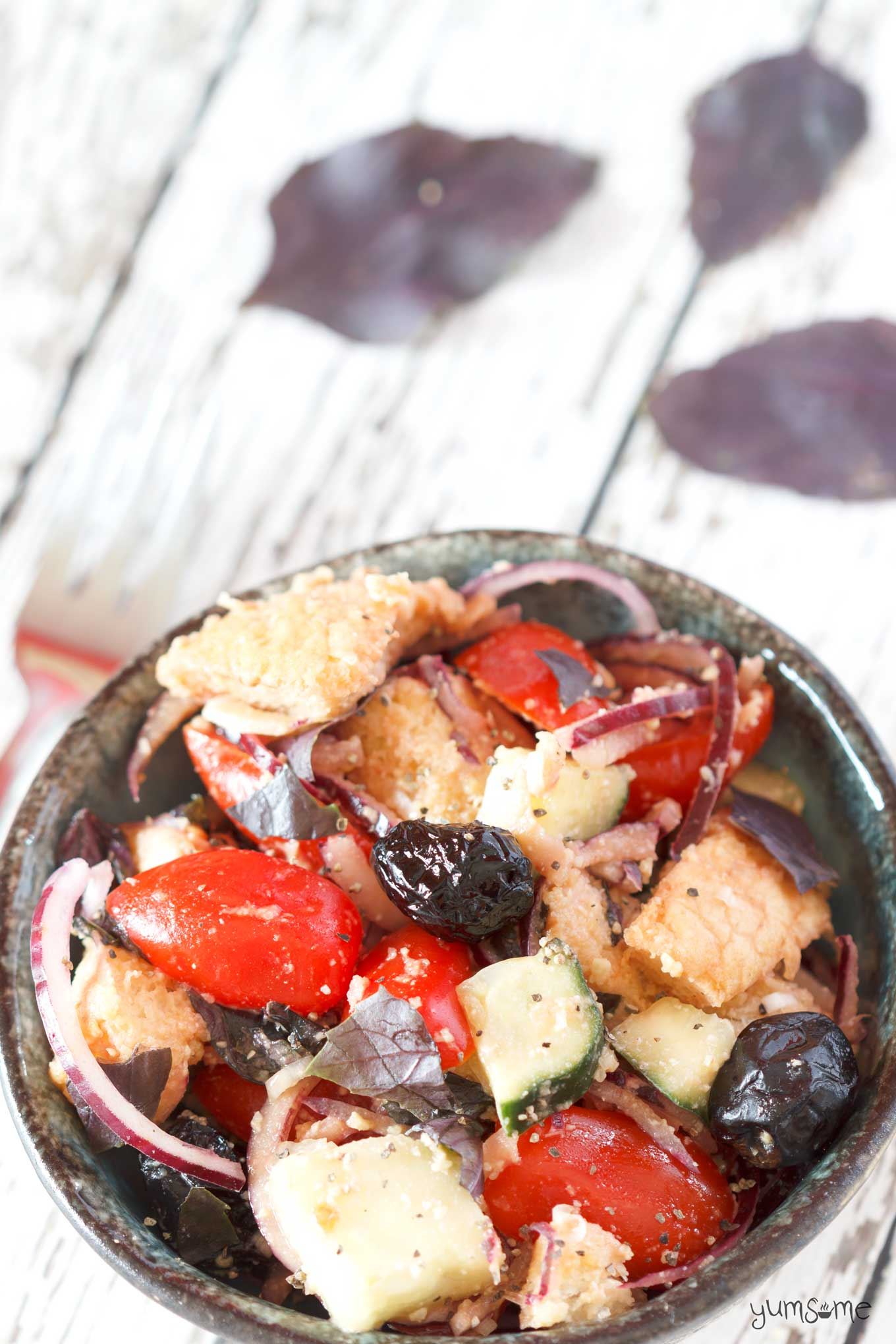 The epitome of spring and summer, panzanella is super-easy to make, and a great way to use up stale bread. | yumsome.com