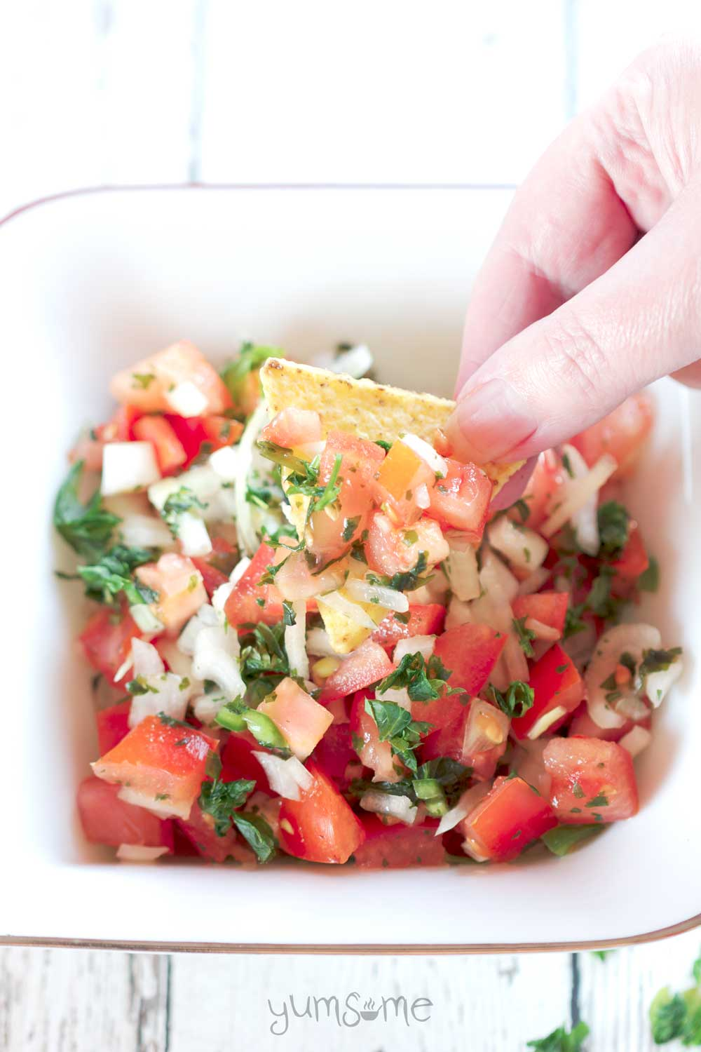 how to cut roma tomatoes for pico de gallo