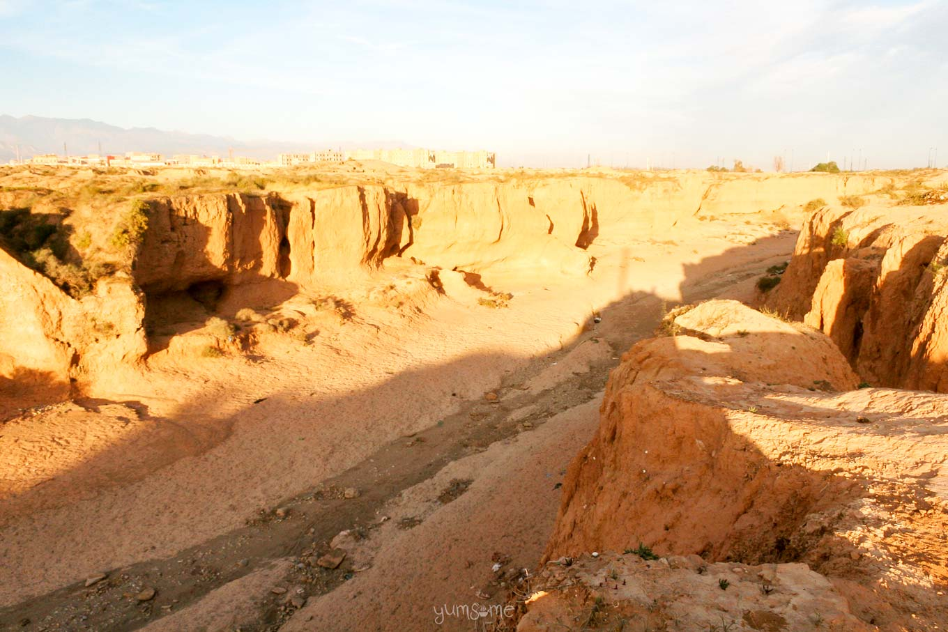 Dry river in Taroudannt, Morocco | yumsome.com