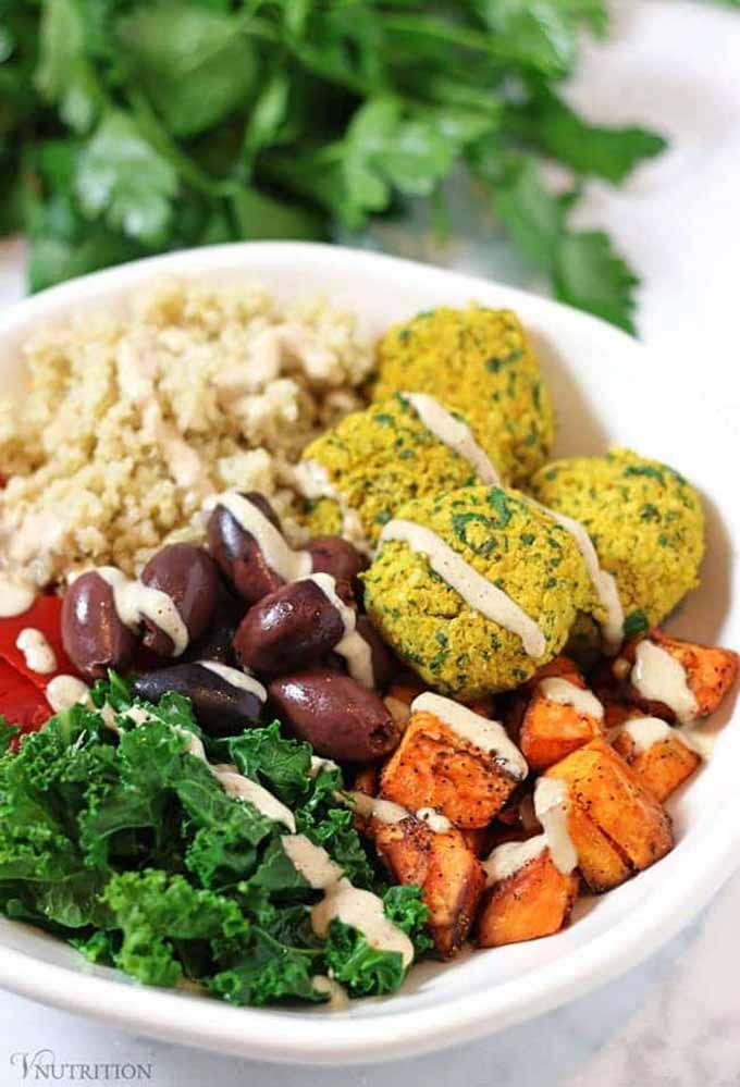 Mediterranean Bowl with Falafels