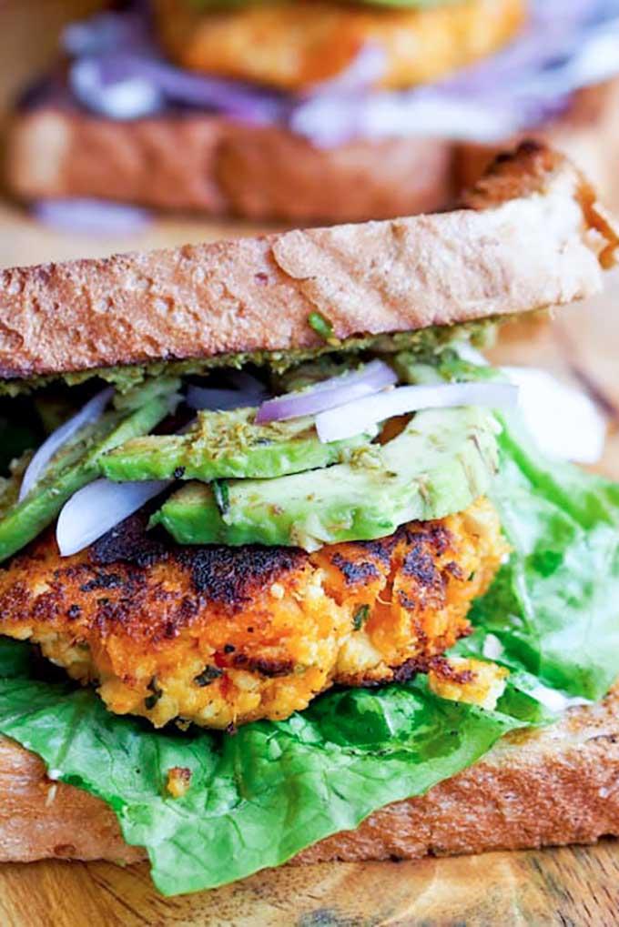 Sweet potato tofu burger | avocadopesto.com