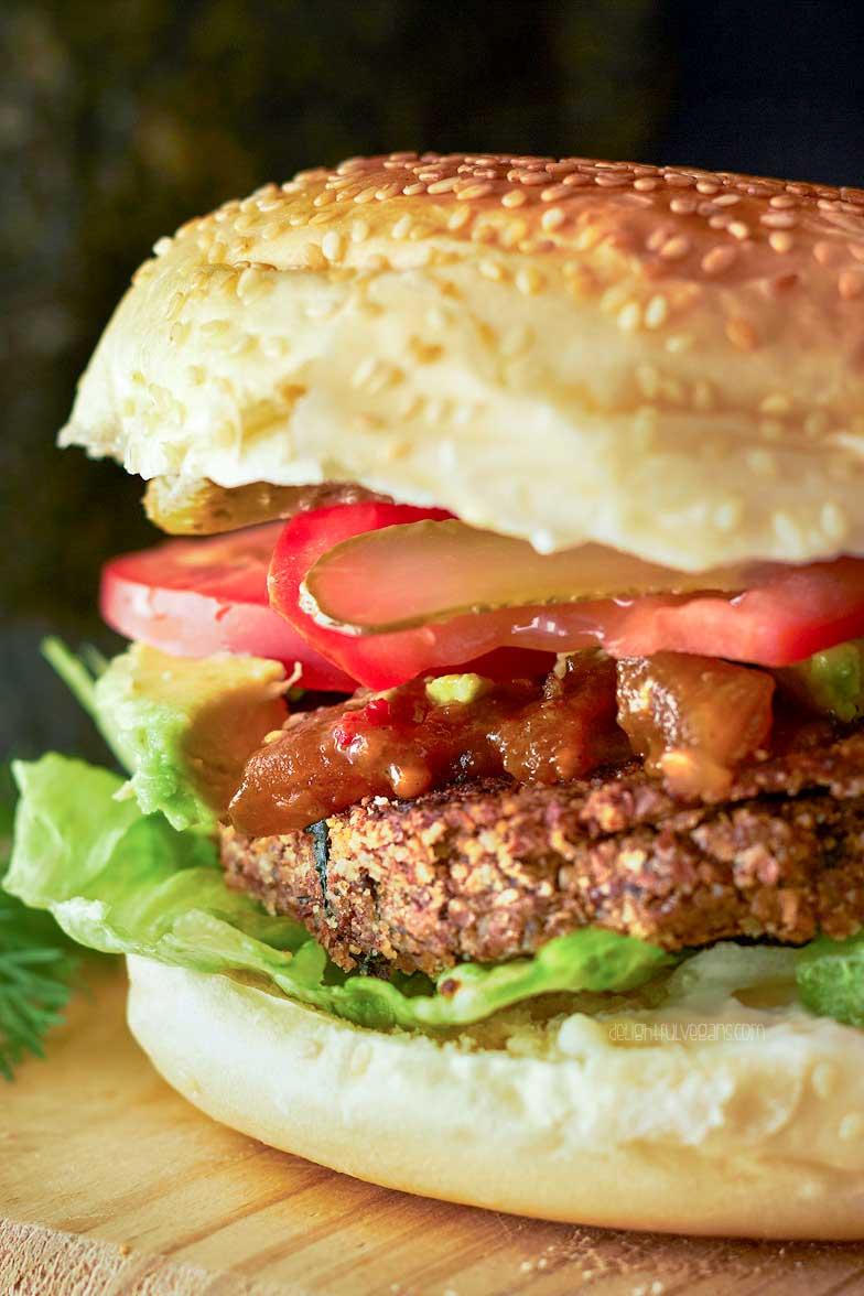 Black bean, sweet potato, and kale burger | delightfulvegans.com