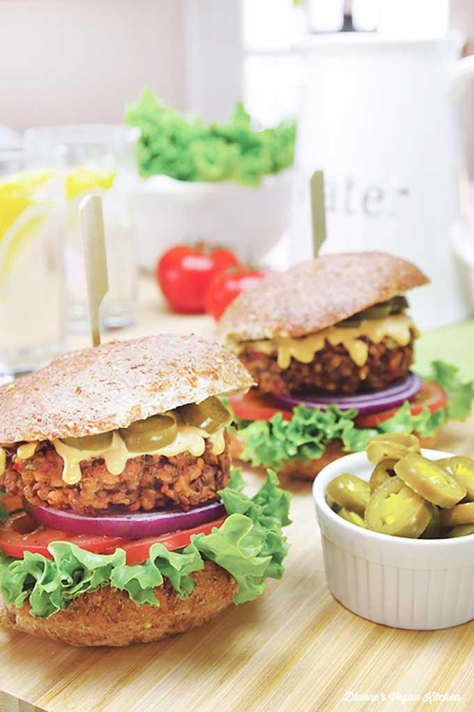 chipotle lentil burger | diannesvegankitchen.com