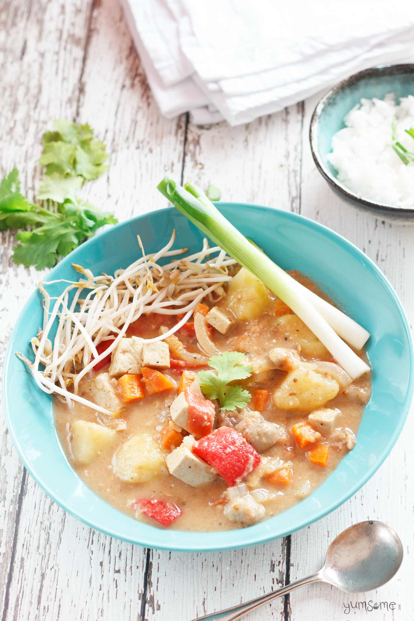 vegan Thai massaman curry | yumsome.com