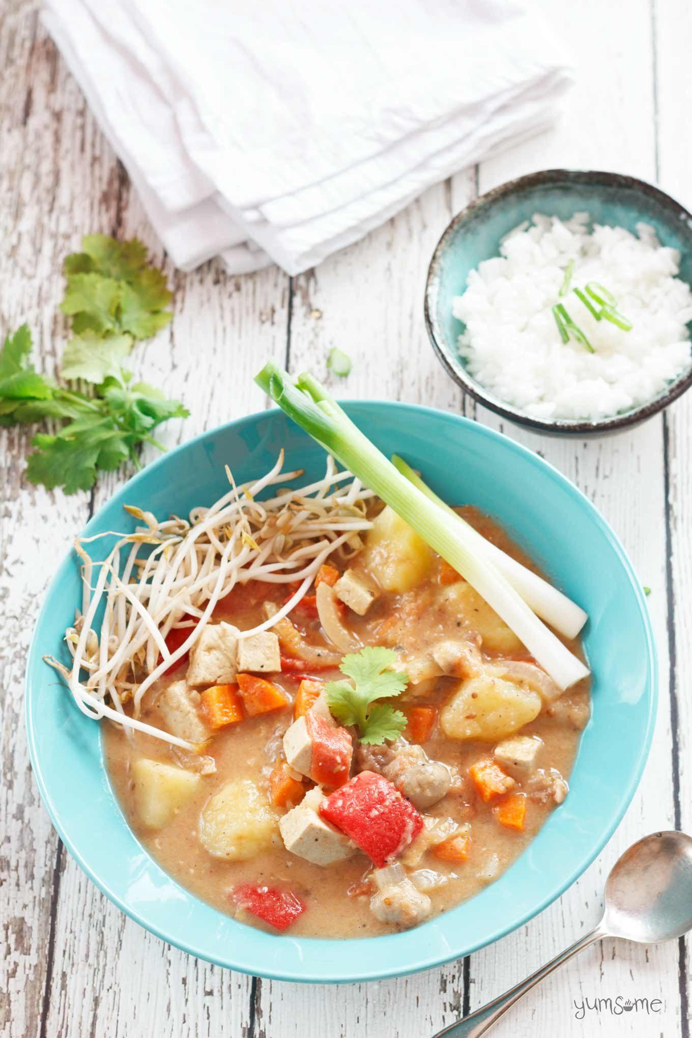 overhead shot of vegan Thai massaman curry | yumsome.com