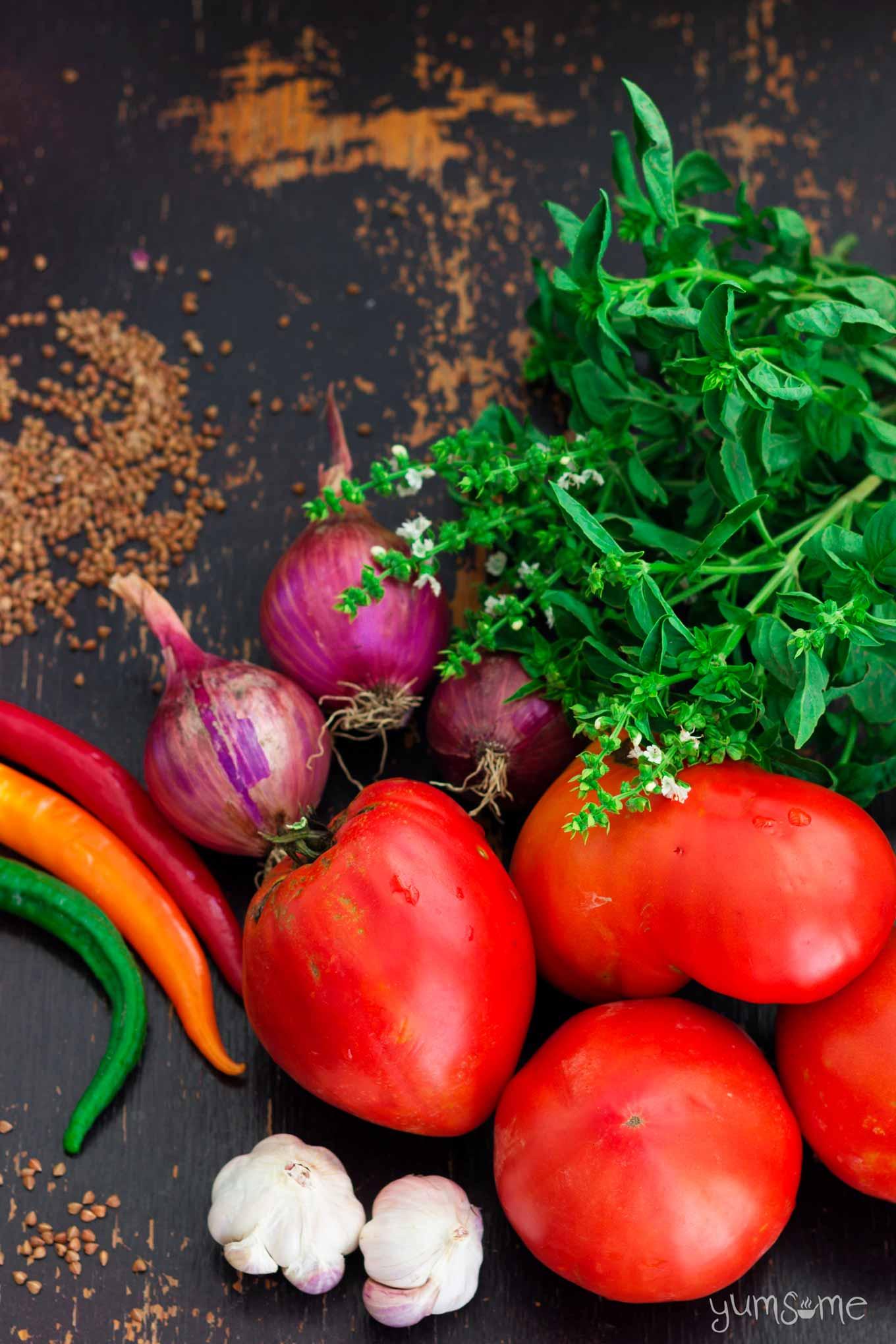 tomatoes, chillies, basil, garlic, onions | yumsome.com