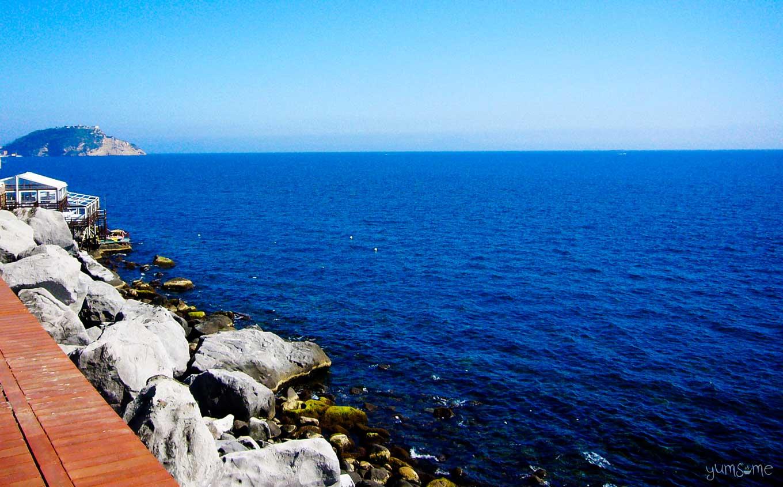 Tyrrhenian Sea, Pozzuoli | | yumsome.com