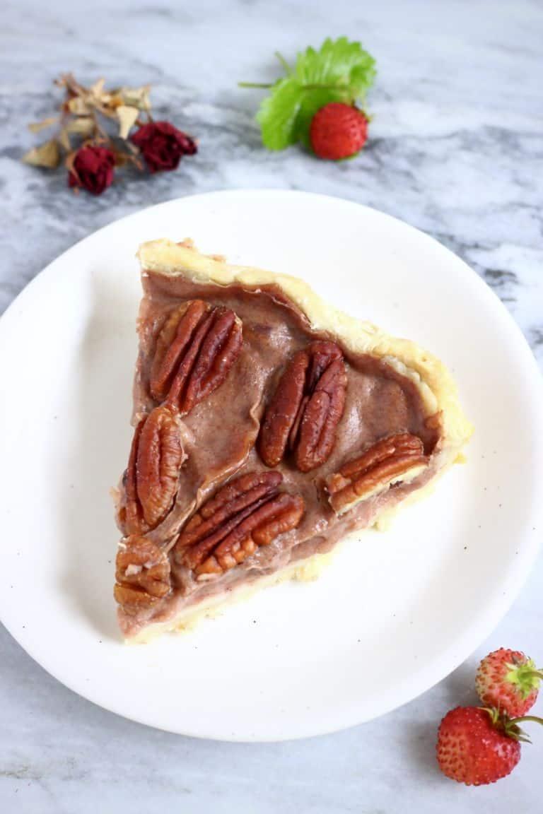 Vegan pecan pie | rhiansrecipes.com
