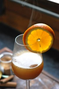 spiced apple juice with rum