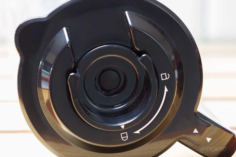 froothie optimum vac2 air vacuum blender lid | yumsome.com