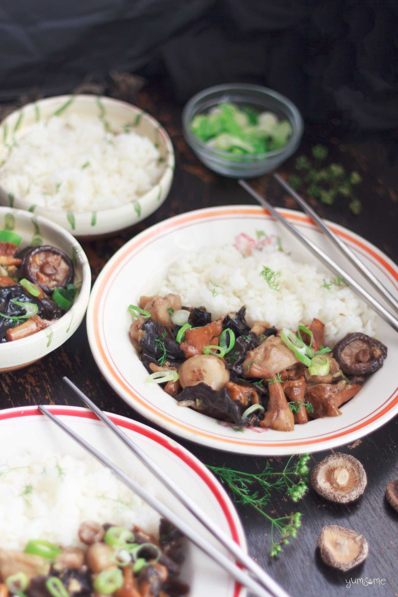 a meal of asian-style mushrooms with ginger | yumsome.com