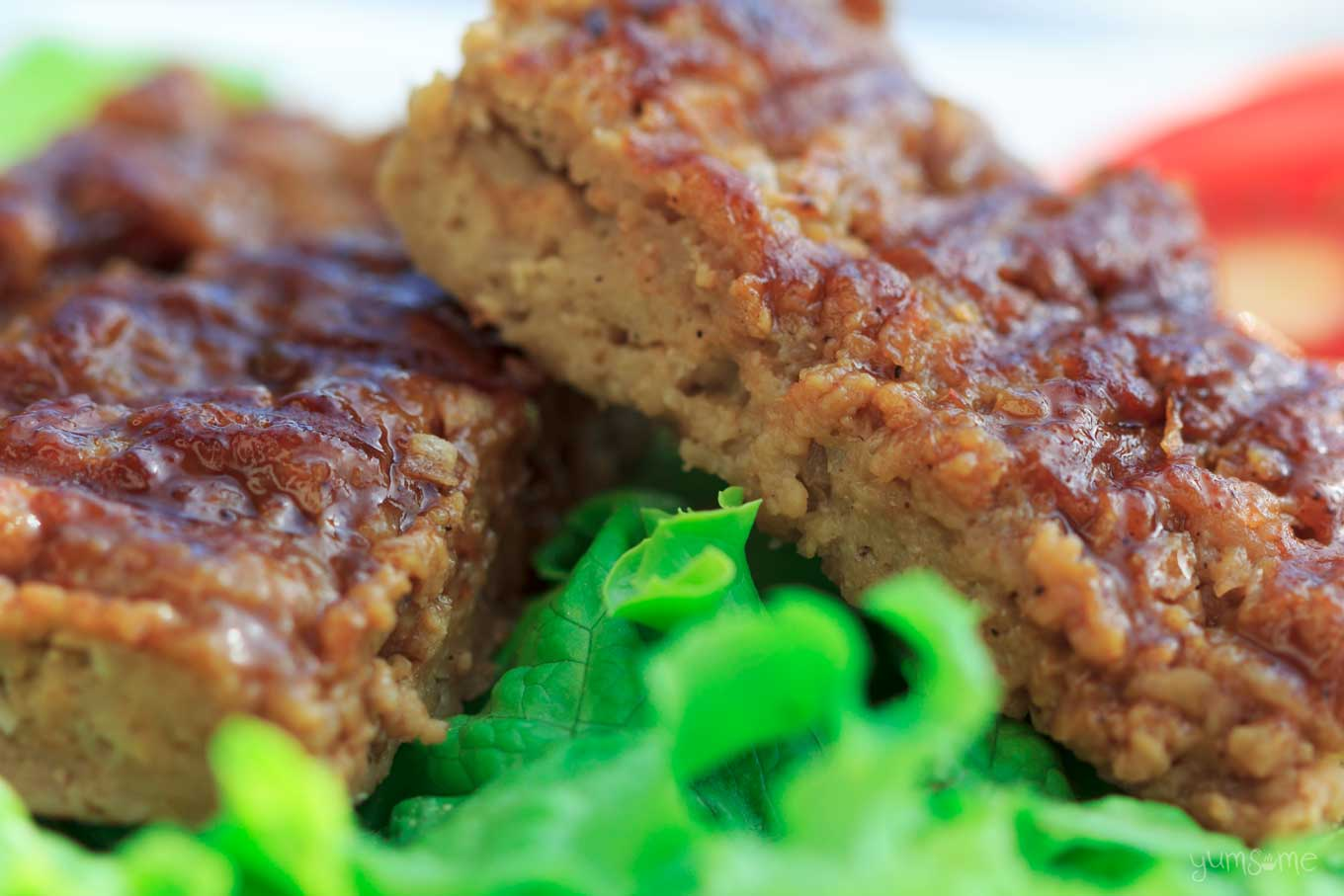 barbecued vegan ribs on lettuce | yumsome.com